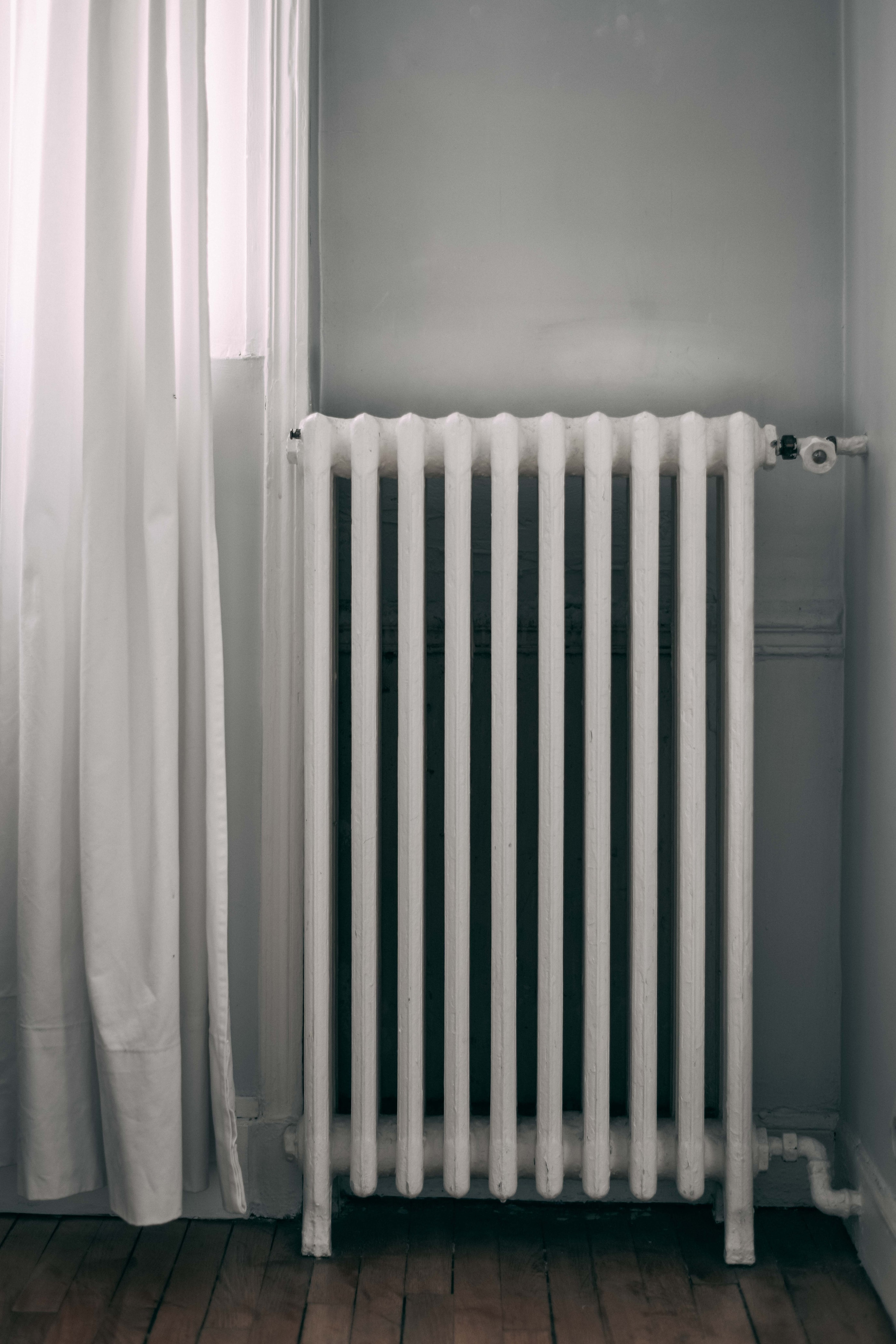 Ahorrar en calefacción, pon a punto los radiadores